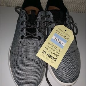 Toms Cabrilla  Space Dye Lace Up Sneaker Brand New